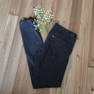 🔥SALE!!🔥Distressed skinny jeans